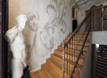 Mi0207 location brescia attico affreschi stile romantico classico rooftop decorazioni video shooting milano nonsololoft
